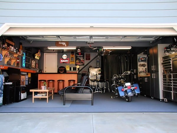Murphy door 39 s top 10 mancaves murphy door for Murphy garage doors